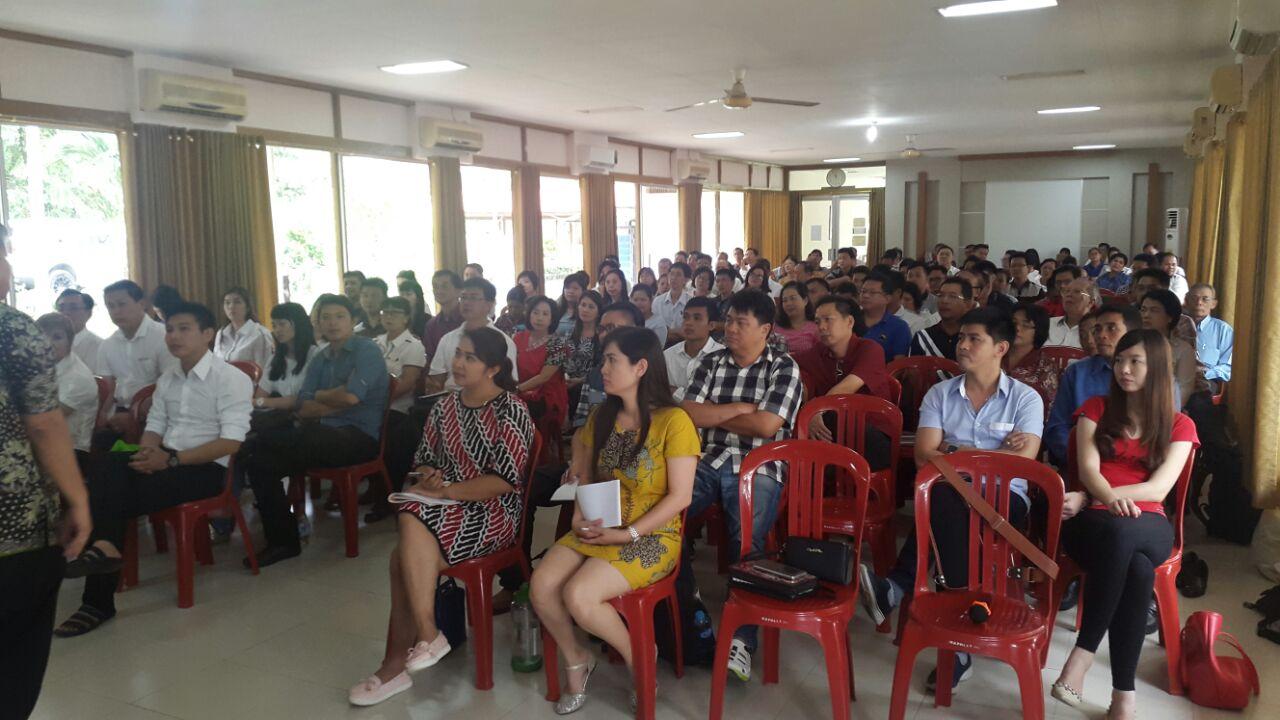 Seminar Spiritualitas Leadership BPK Pontianak
