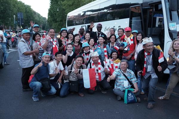 Foto-foto Kontingen Indonesia Pada Perayaan Golden Jubilee Di Roma