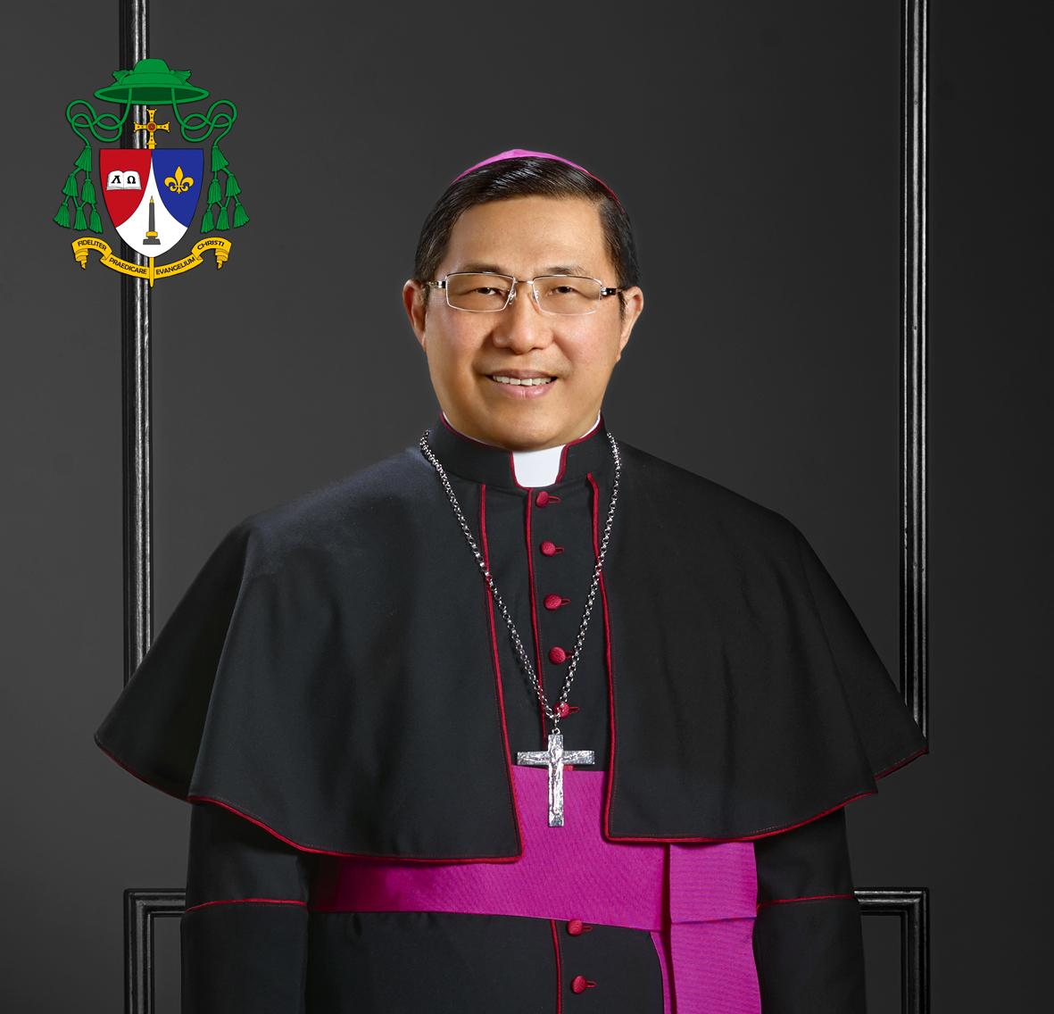 Karunia-karunia Roh Kudus Dalam Gereja Untuk Pelayanan (Oleh Mgr. Henricus Pidyarto Gunawan, O.Carm)